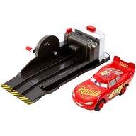 Masinuta Fulger McQueen Cu lansator by Mattel