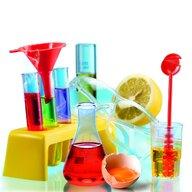 Clementoni - Set stiintific Laboratorul de chimie, Multicolor