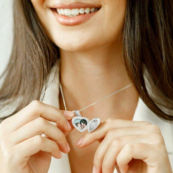 Medalion inima 20 mm cu poza in interior - Gravura personalizata - Argint 925