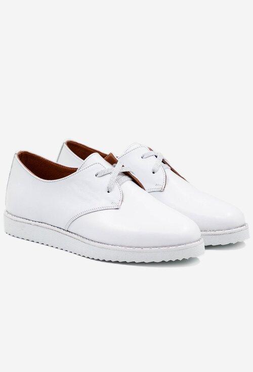 Pantofi casual albi din piele naturala cu siret