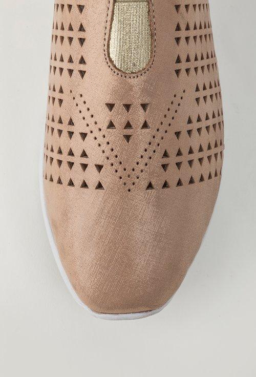 Pantofi casual roz pal din piele naturala perforata Wing