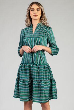 Rochie cu volan nuanta verde cu imprimeu cu dungi