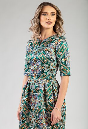 Rochie verde cu imprimeu abstract si buzunare laterale
