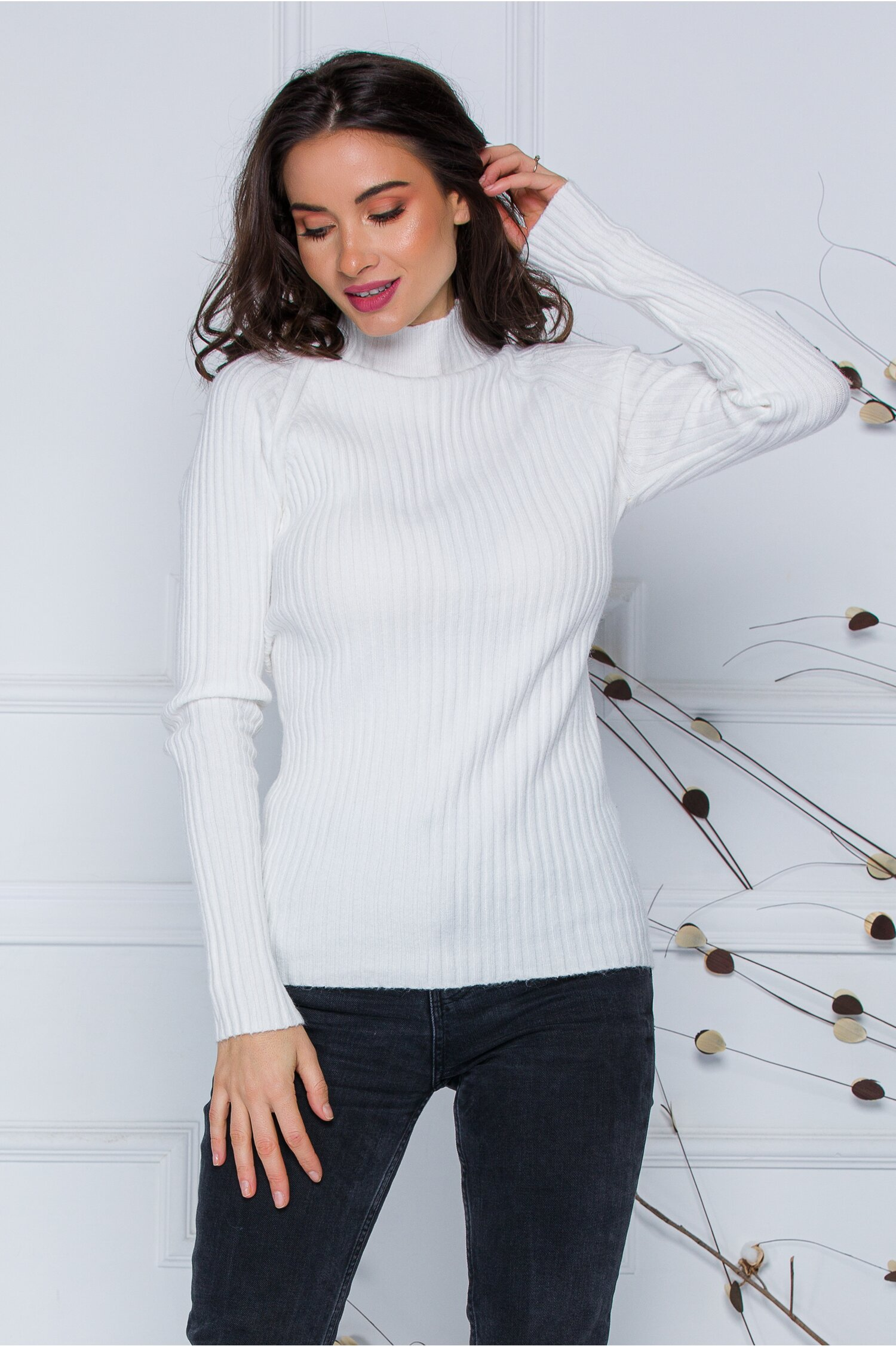 Bluza Daria alba din tricot reiat imagine