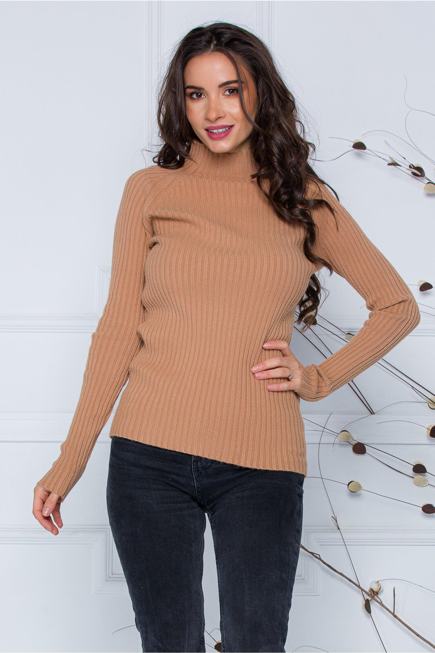 Bluza Daria bej din tricot reiat imagine