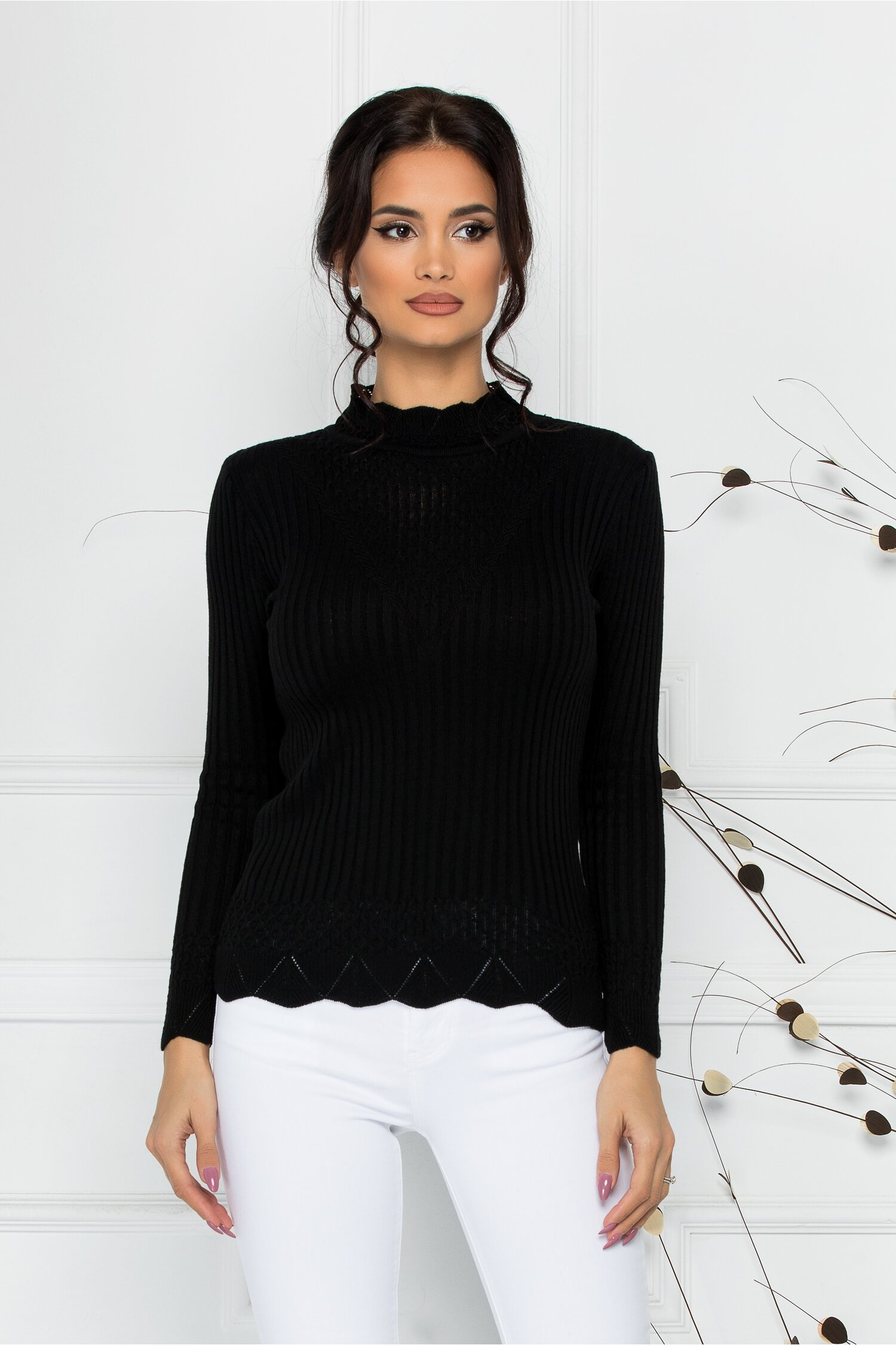 Bluza Felicia neagra cu impletituri la guler