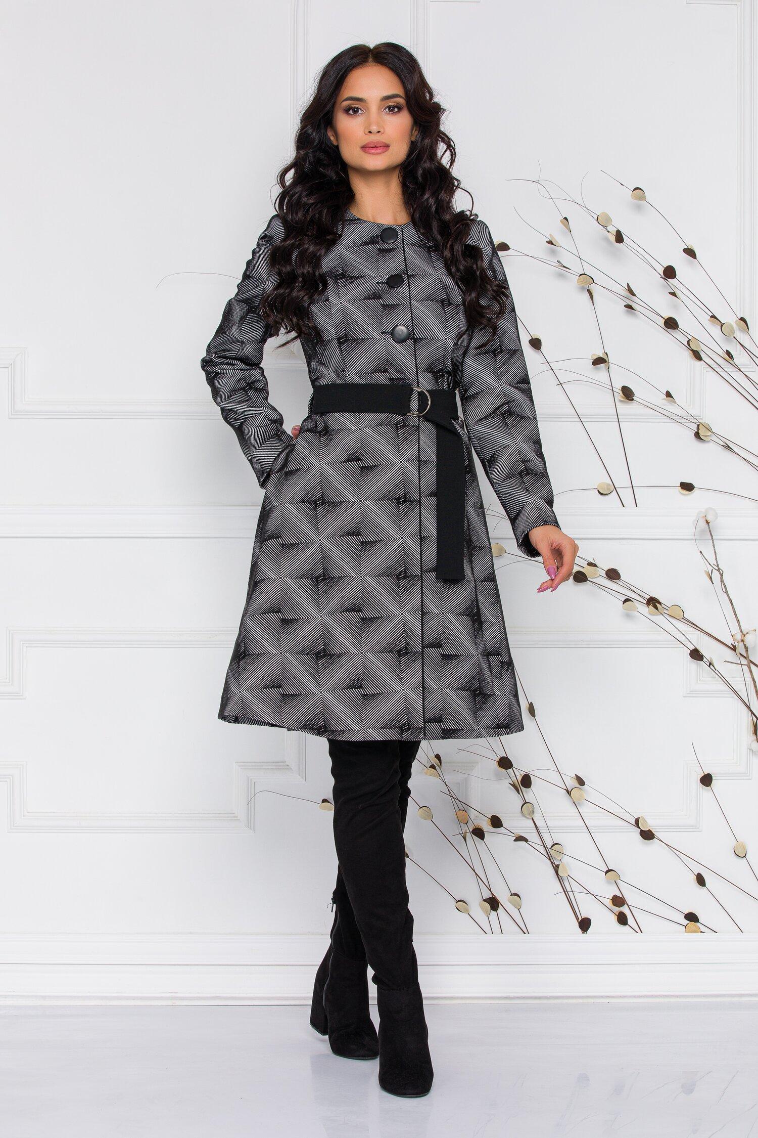 Palton Ginette cu imprimeu alb negru in dungi
