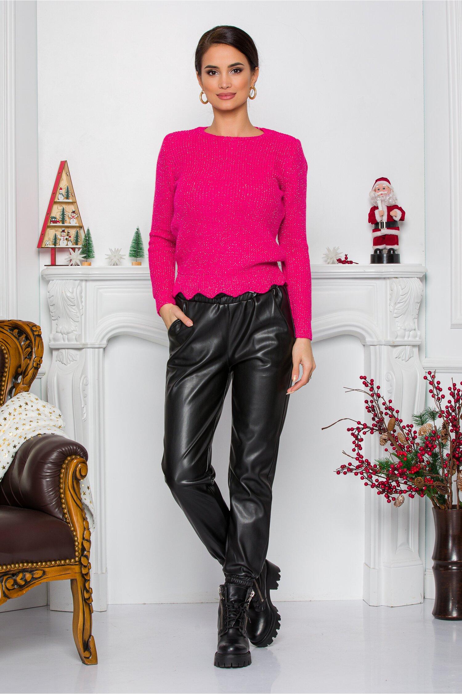 Pantaloni Alexa negri lejeri din piele ecologica cu elastic in talie si la baza