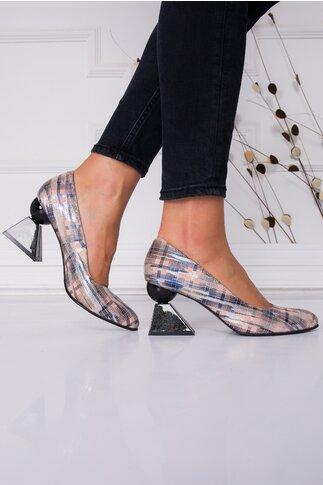 Pantofi roze cu imprimeu stralucitor in carouri