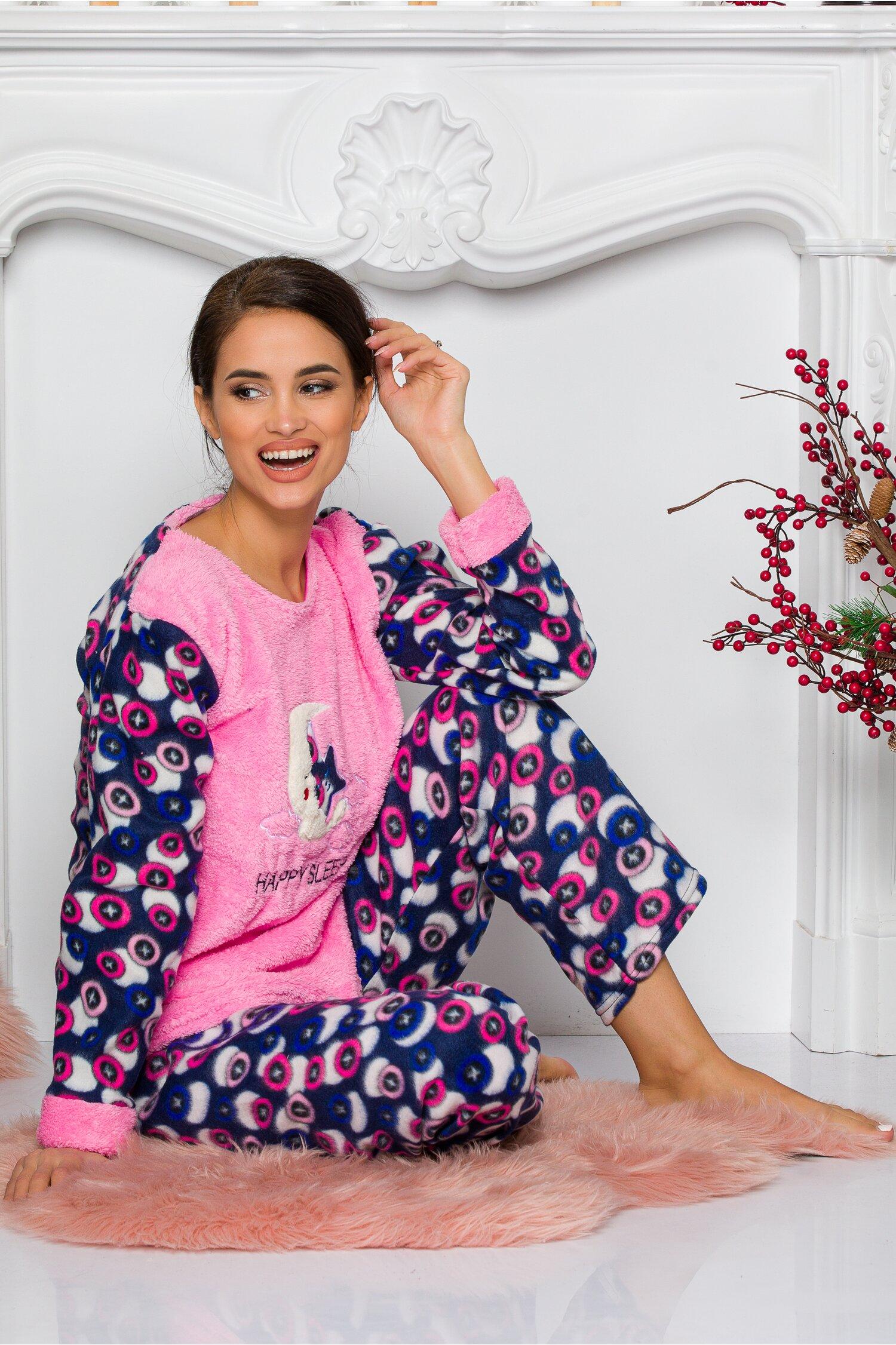 Pijama Cocolino cu bluza roz si pantaloni cu imprimeuri Idei Cadouri de Craciun Online