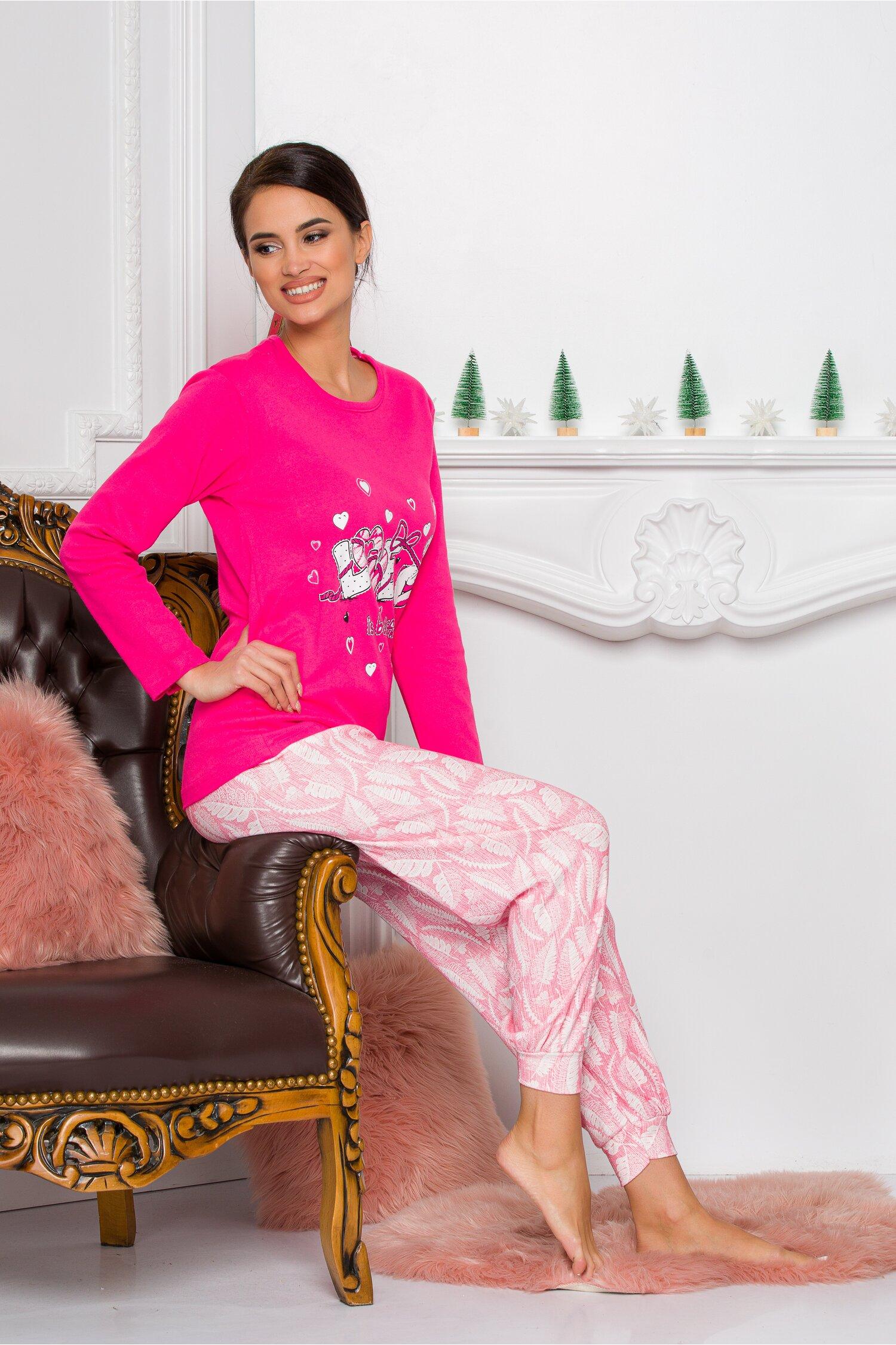 Pijama Sweety roz cu ursulet Idei Cadouri de Craciun Online