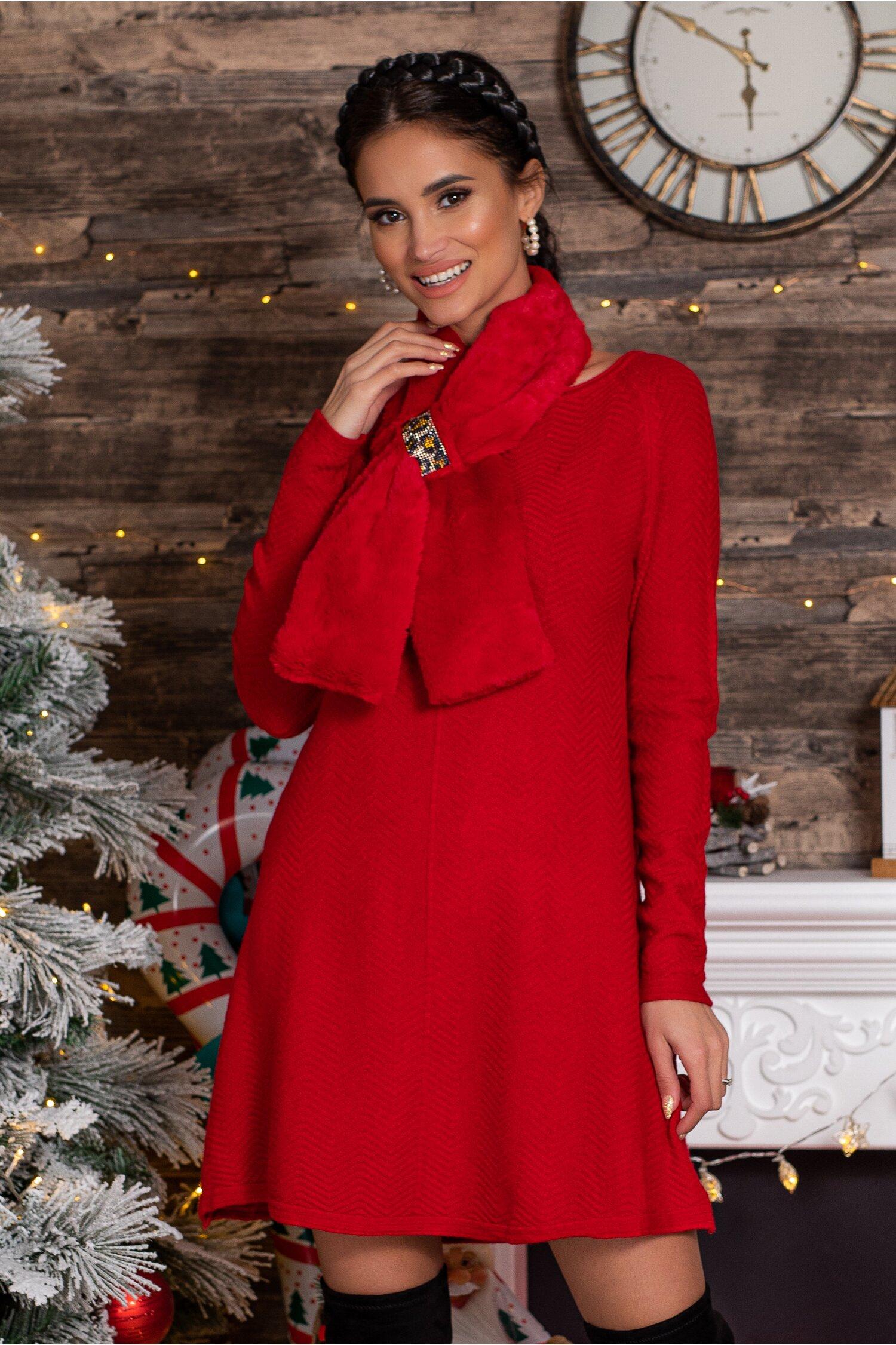 Rochie Mara rosie scurta din tricot cu accesoriu tip fular imagine