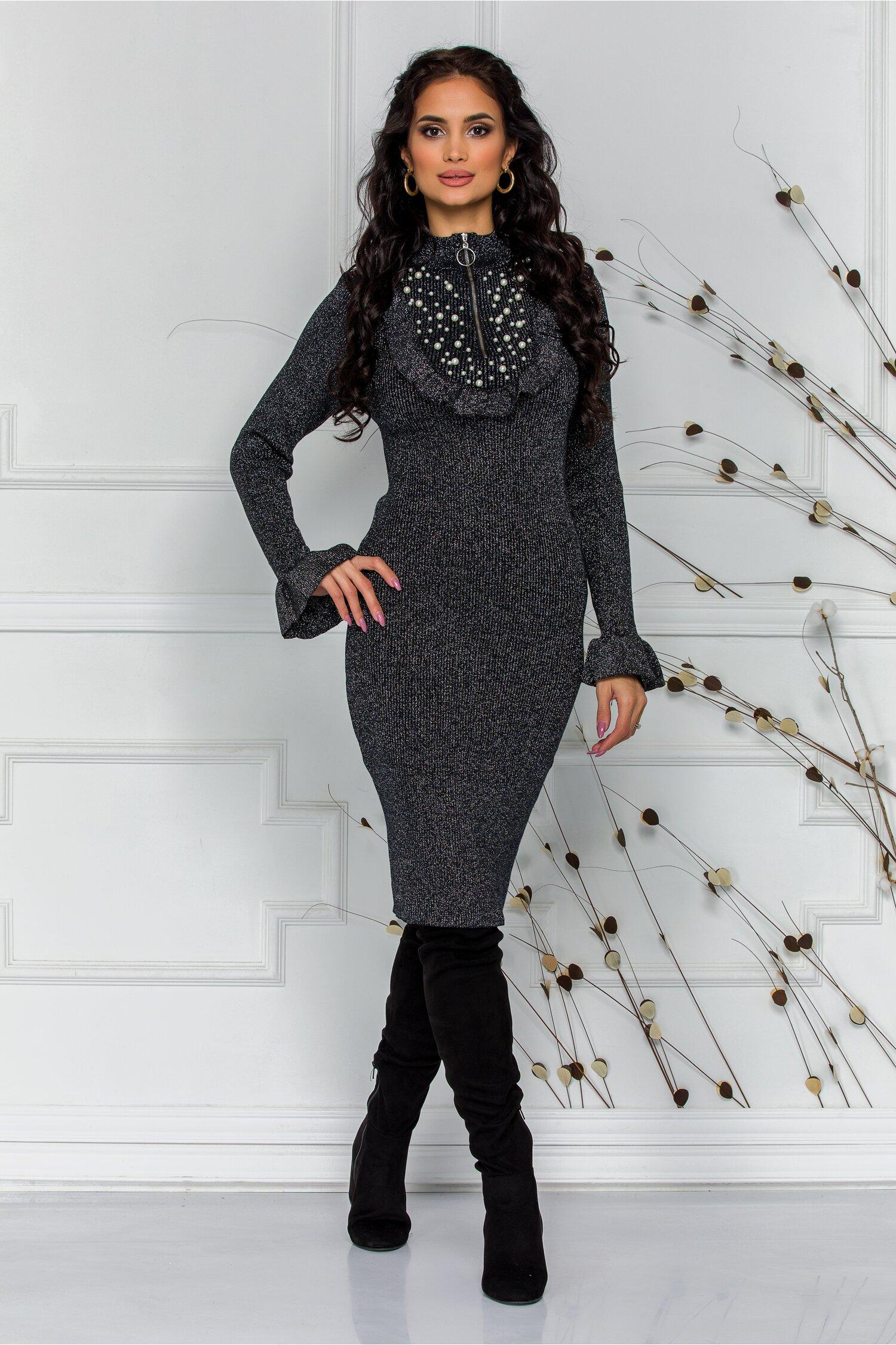 Rochie Simina neagra cu fir lurex argintiu si perlute la bust