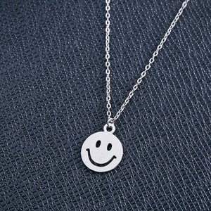 Pandantiv cu lantisor din argint Smiley Face