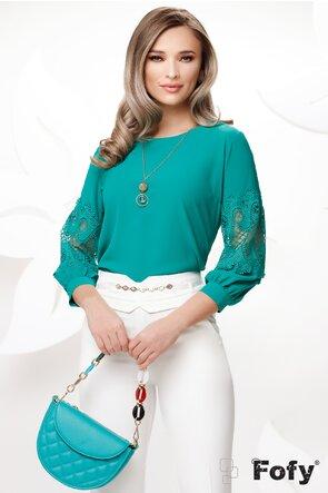 Bluza dama verde cu aplicatie de dantela  si colier inclus
