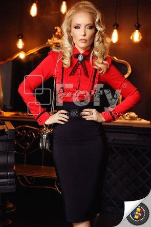 Cămașă elegantă roșie cu broșă decorativă
