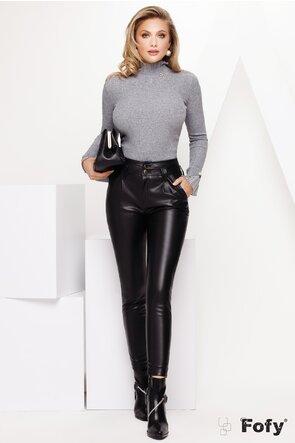Pantaloni din piele ecologica cu talie inalta si capse argintii
