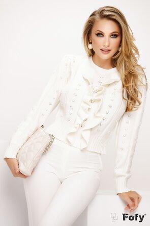Pulover alb cu volane si perle