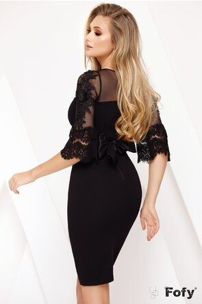 Rochie Fofy din material usor elastic, tulle brodat si volane din dantela Chantilly