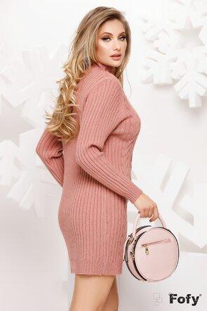Rochie tricotata roz pe gat