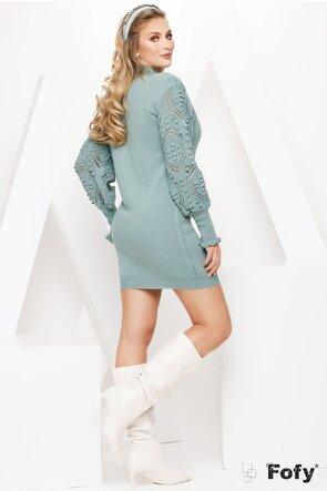Rochie tricotata turcoaz cu detalii pe maneci