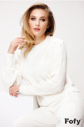 Trening de dama elegant tricotat cu textura in relief si perlute