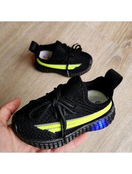 Adidasi cu LED comozi negri
