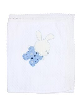 Patura crosetata alb cu iepuras bleu