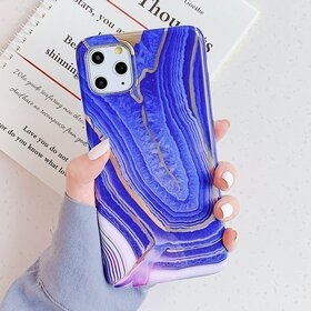 Husa marmura cu aplicatii geometrice pentru Huawei Mate 20 Pro Purple