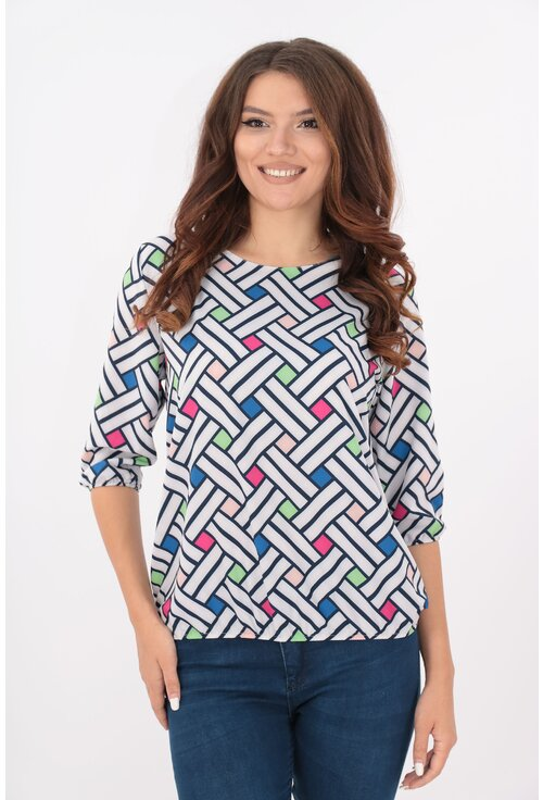 Bluza alba cu desen geometric bleumarin si patratele colorate