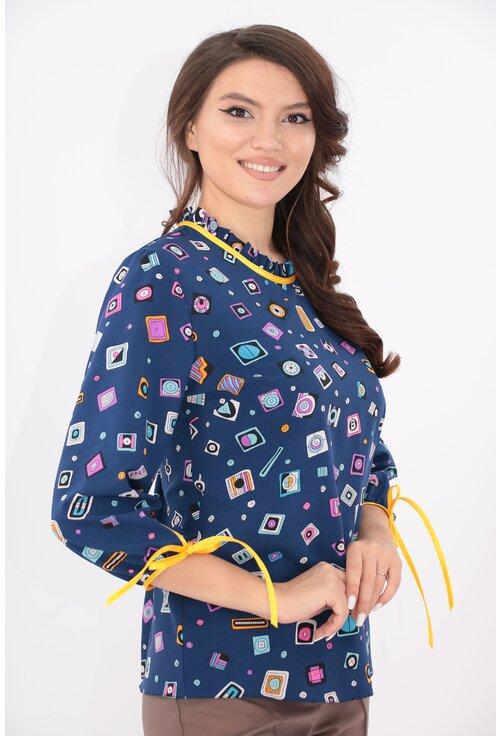 Bluza albastra cu print geometric