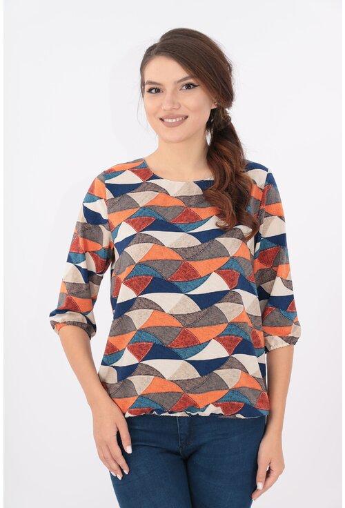 Bluza bej cu desen geometric bleumarin caramiziu