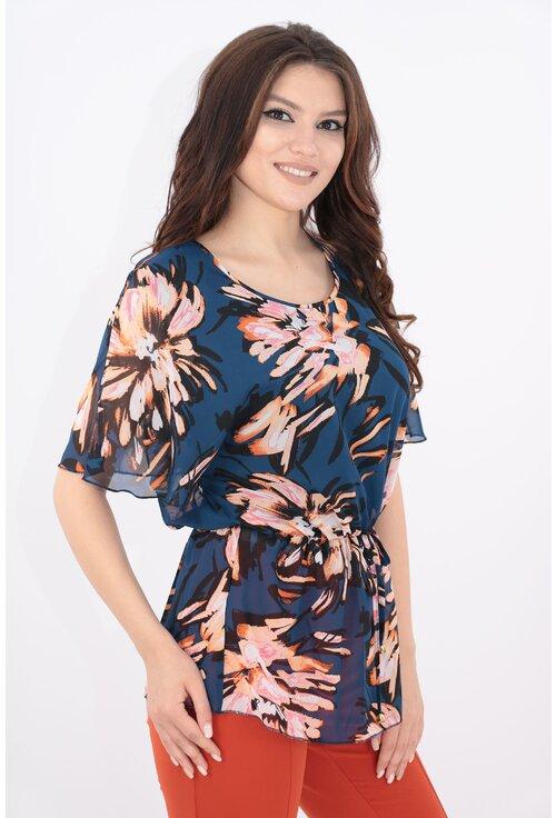 Bluza bleumarin din voal cu flori corai