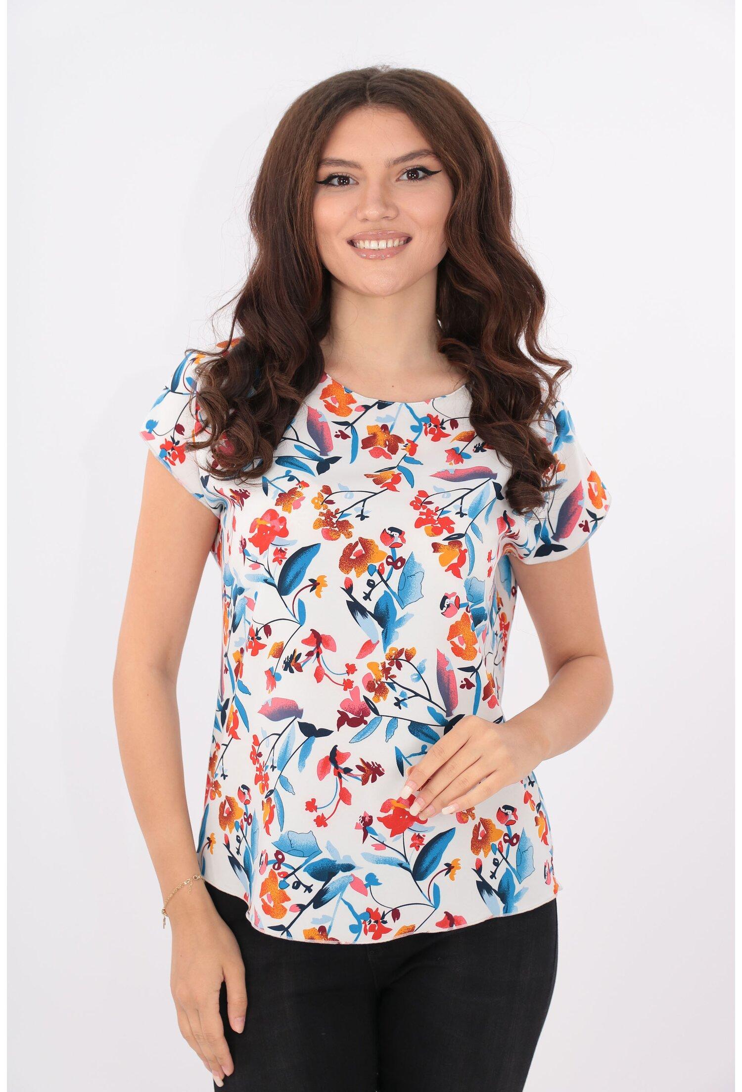 Bluza lejera alba cu print floral multicolor