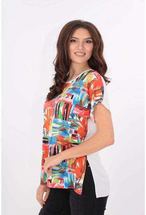 Bluza lejera alba cu print multicolor