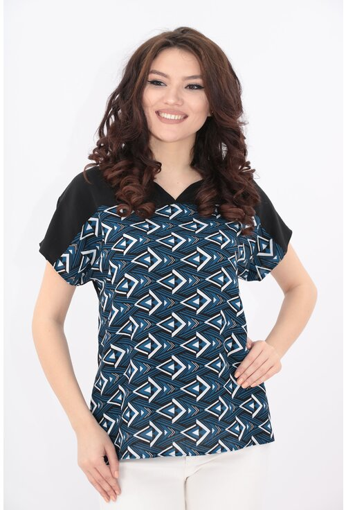 Bluza neagra cu desen geometric