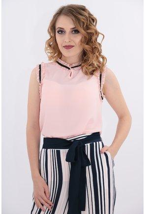 Bluza roz cu siret negru