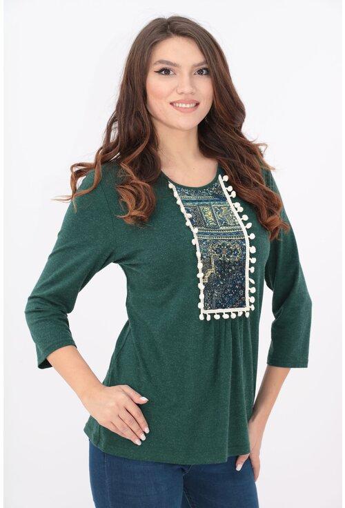 Bluza verde cu motive traditionale si ciucuri