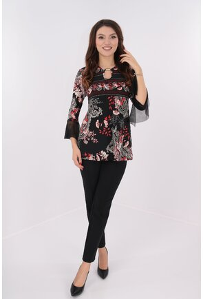 Costum bluza negru-rosu si pantaloni negri