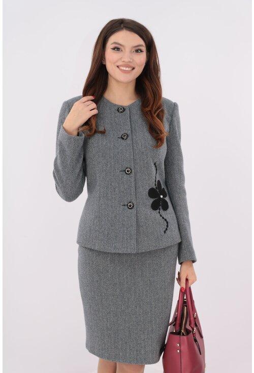 Costum gri din stofa cu 80% lana