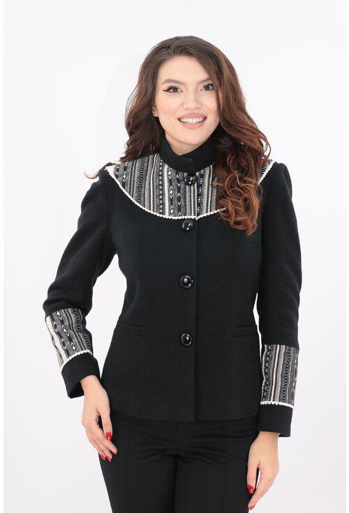 Jacheta neagra din stofa cu lana si motive traditionale crem