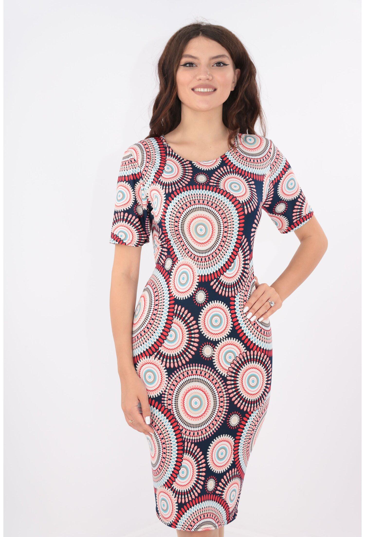 Rochie bleumarin cu cercuri multicolore