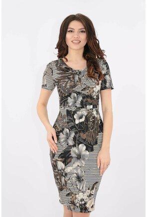 Rochie cu pliuri asimetrice