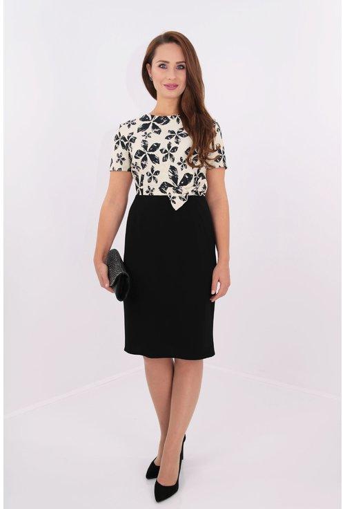 Rochie eleganta din brocard