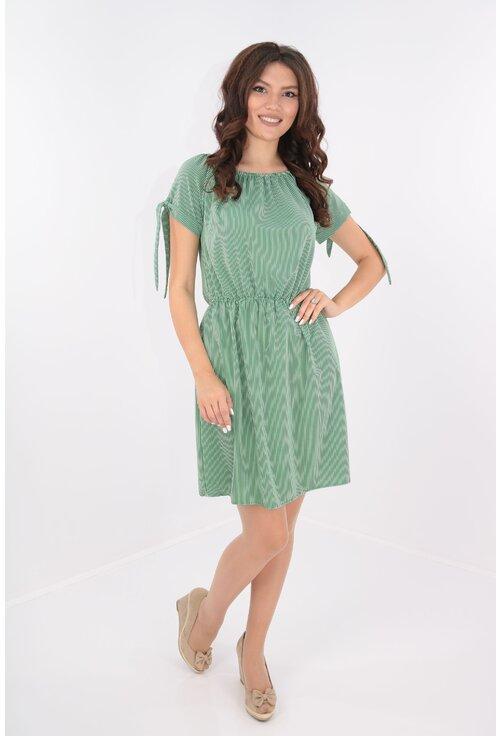Rochie verde cu dungi albe