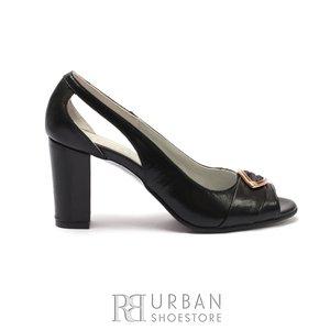 Pantofi eleganti dama, decupati din piele naturala cu brosa decorativa- 1964  Negru